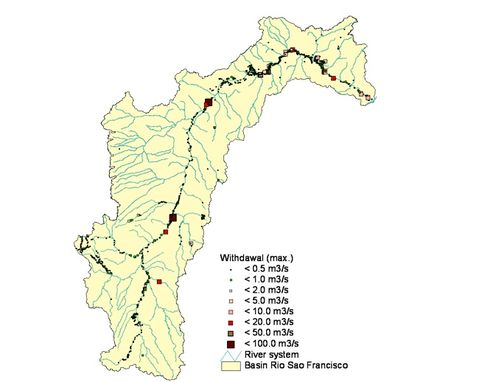 Fig. 1: Location and maximum withdrawal of water users in the São Francisco basin (status 2013)
